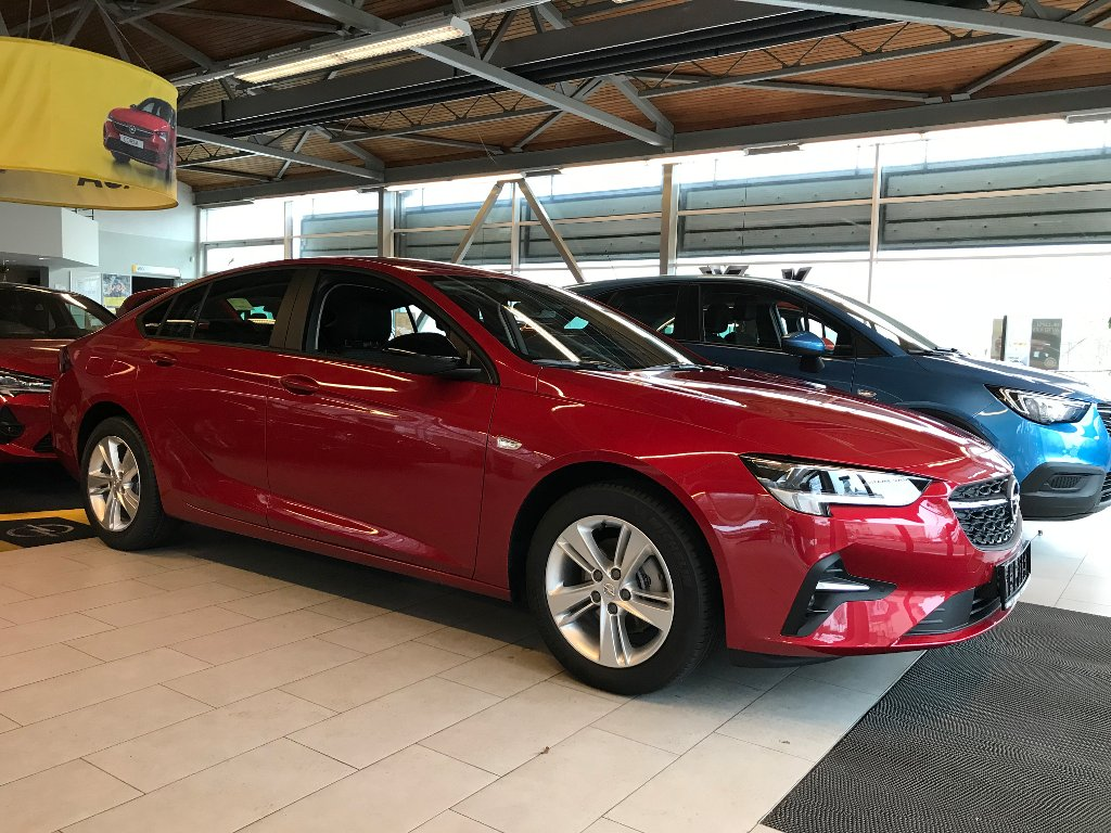 Opel Insignia NEW Edition 1.5