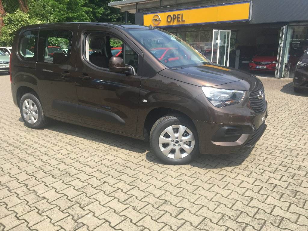 Opel Combo LIFE Smile 1.2 Turbo MT-6